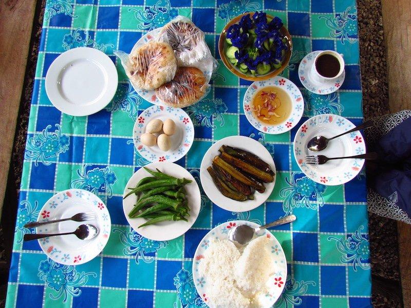 Filipino dinner table