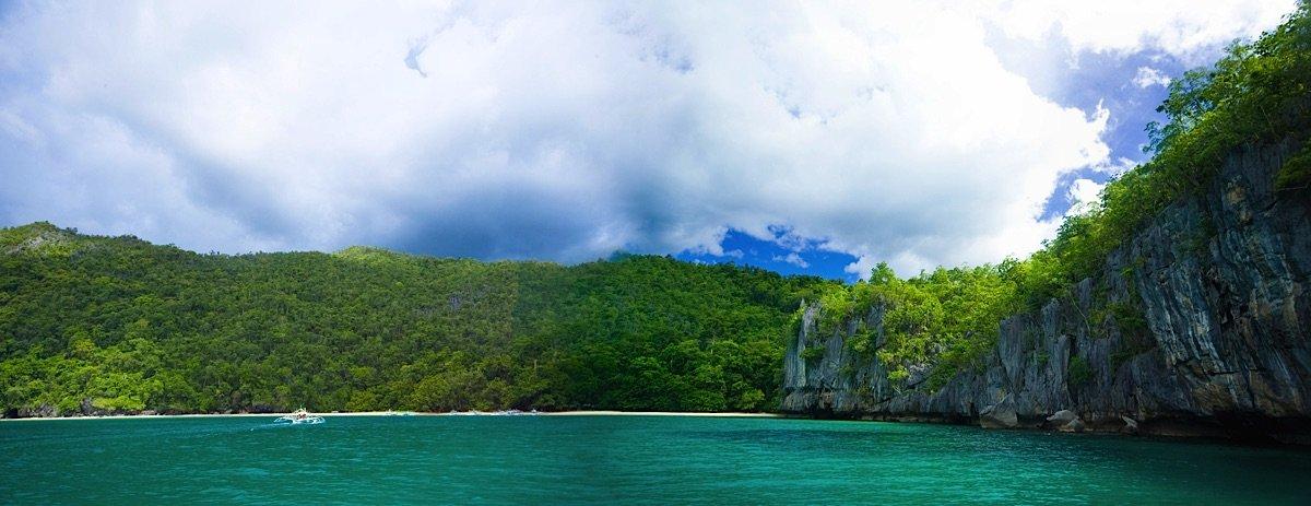 Limestone cliffs and beach Palawan